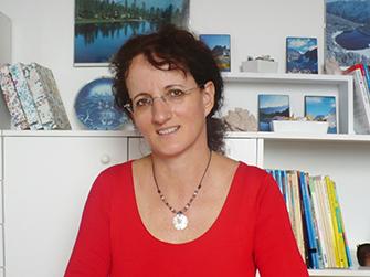 Helényi Szilva - franciatanár